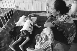 foto anak malnutrisi (diambil dari Yahoo!)