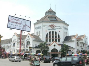 Kantor Pos Medan (Gbr pinjam dari wisatamelayu.com)
