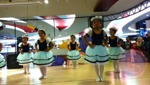 Perform Balet Vay yang kedua... :)