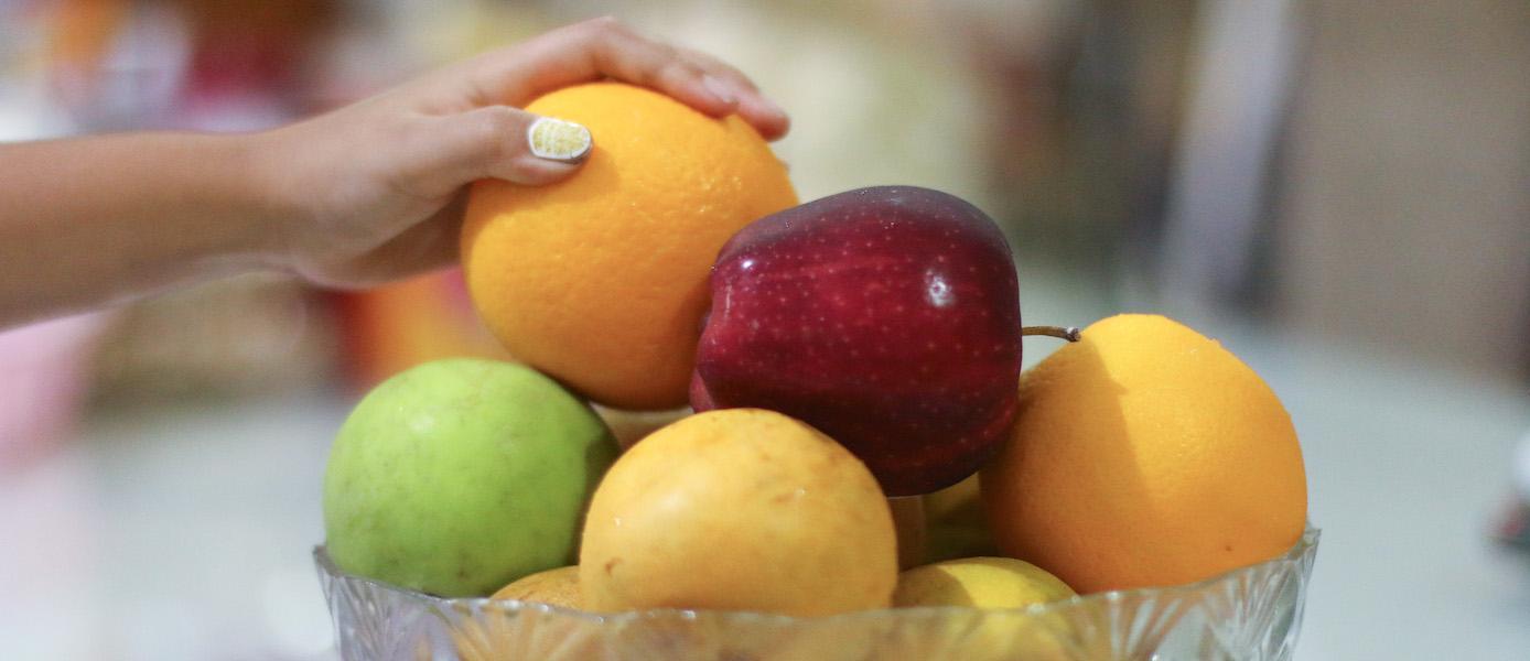 Beli buah di Adabuah