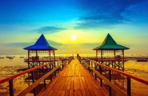 Pantai Kenjeran (Source: Resesepan.com)