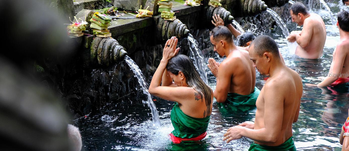 [Bali Trip] Mandi Air Suci di Pura Tirta Empul