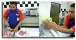 Setelah memilah-milah daging, daging dimasukkan ke dalam food storage, dan label harga pun ditempel. Beres! ^_^