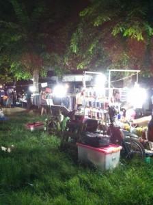 Pasar Malam di Taman Flamboyan