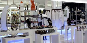 Place to shops accessories, clothes, and get yourself comfort with the cafe inside