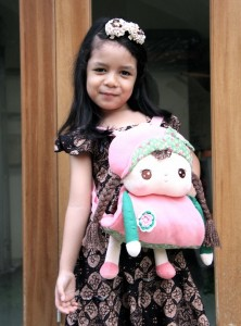 Boneka Tas Cantik dari Pontianak