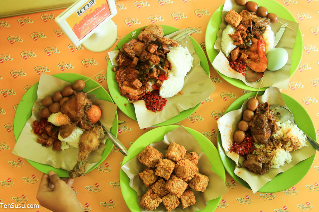 Image result for nasi jamblang bu nur