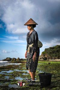 Foto Ibu di Pantai