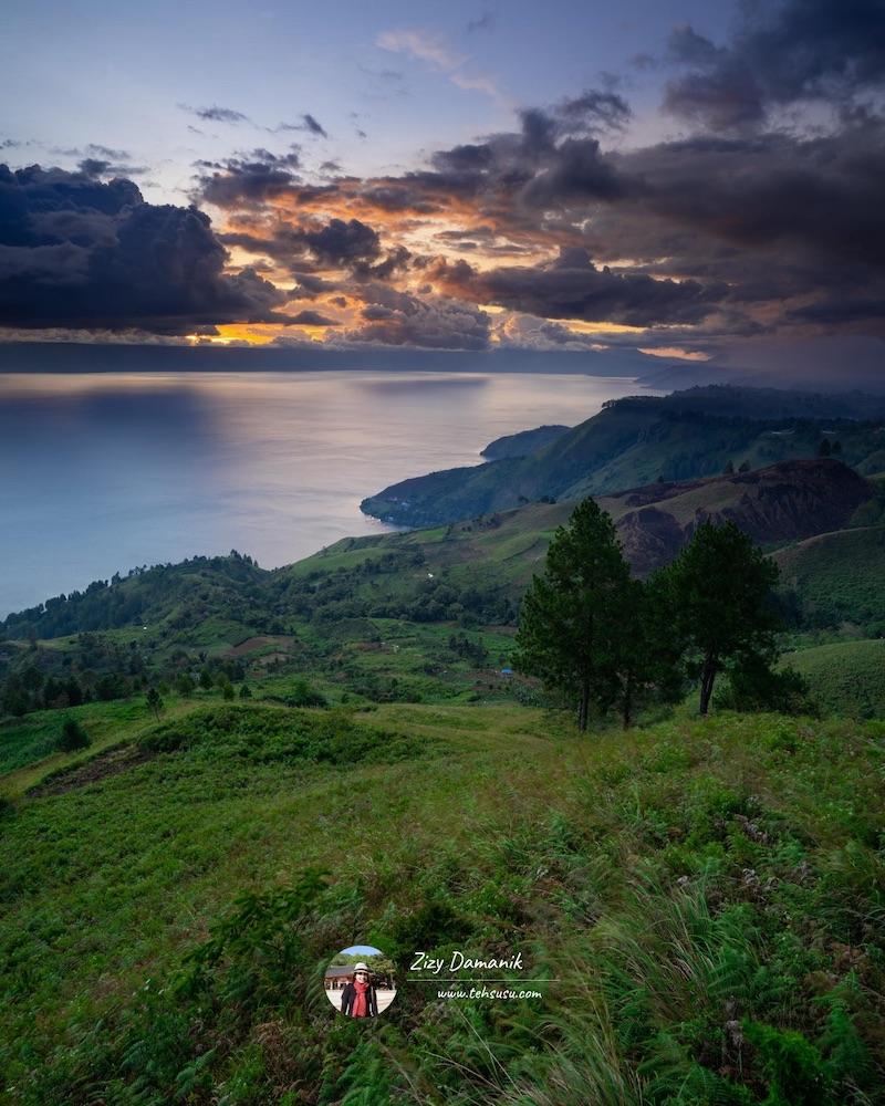 Indahnya Danau Toba Terasa Sampai Hati - Sunset di Bukit Indah Simarjarunjung