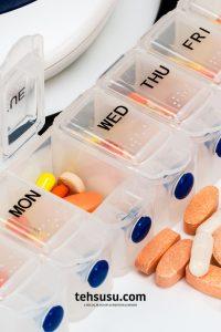 obat yang harus dibawa traveling